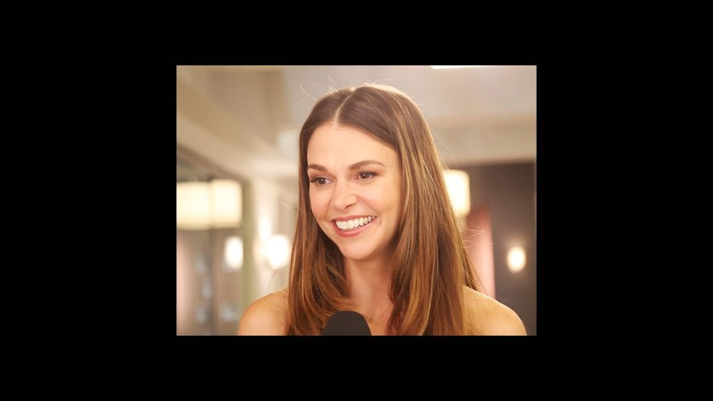 VS - Younger - Sutton Foster - wide - 11/15